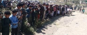 تتقدمهم قيادات بارزة :الآلاف في مريس يشيعون جثمان الشهيد عبد الرحمن الاصهب