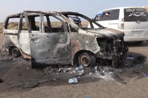 احتراق حافلة ركاب واستشهاد مواطن بانفجار عبوة ناسفة زرعها الحوثيين بالحديدة