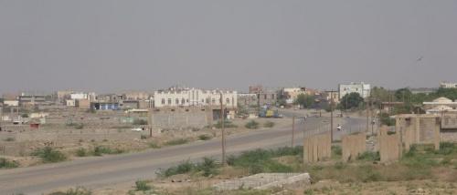 مليشيا الحوثي تقصف الأحياء السكنية في حيس جنوب الحديدة
