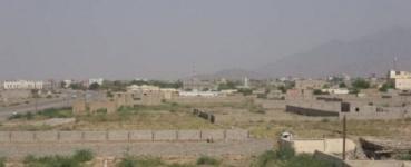 مليشيا الحوثي تواصل استهداف المدنيين في حيس
