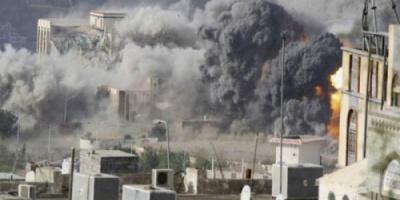 استهداف الحوثيين للمباني السكنية.. المليشيات تقصف الإنسانية