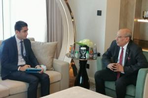 الكثيري لدبلوماسي مصري: الانتقالي يتعاطى بإيجابية في تنفيذ اتفاق الرياض